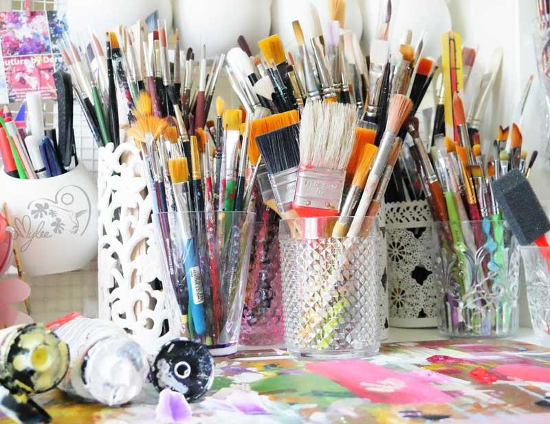 Art couleurs atelier artiste loft amylee paris for Loft atelier artiste